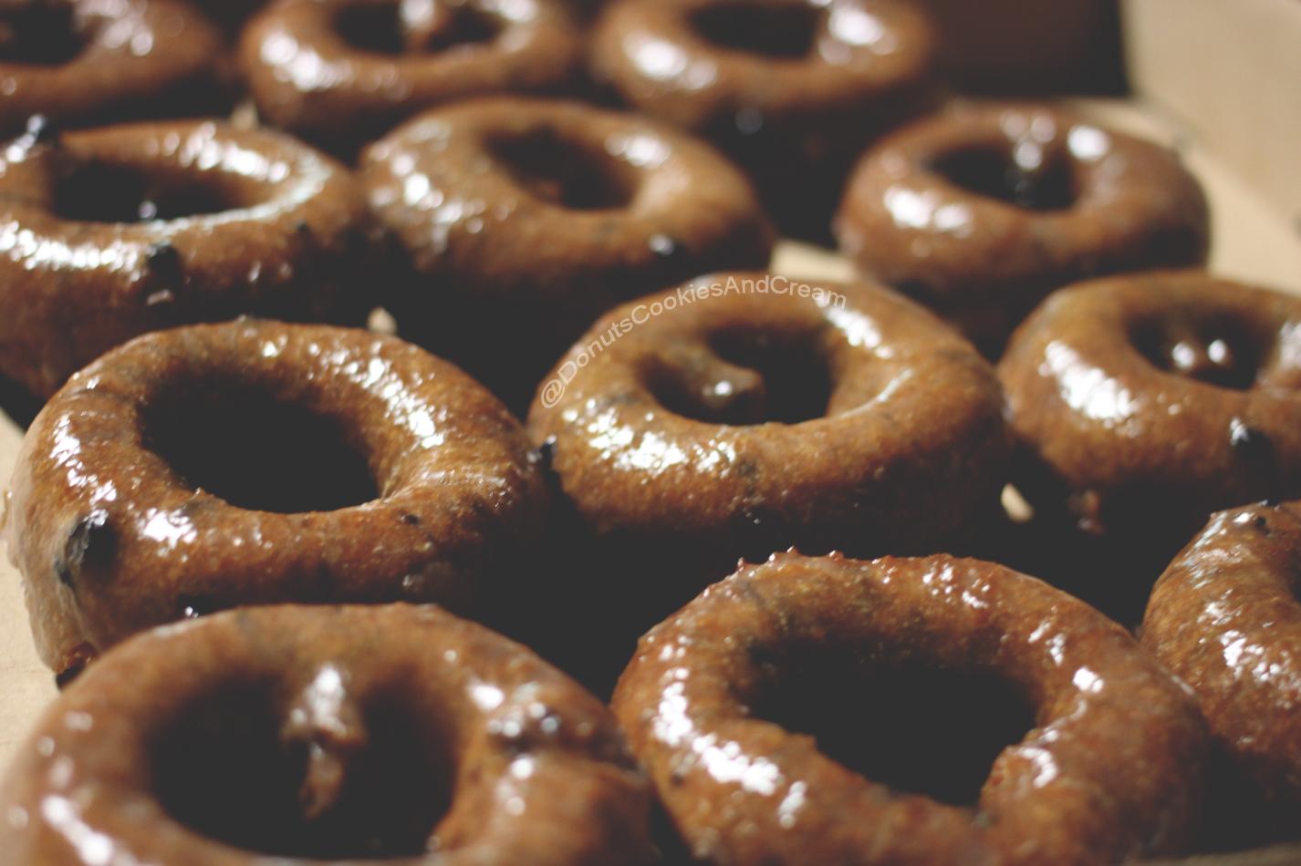 MMDonuts1WM M&M Donuts   Blueberry Donuts are STILL Buzzin