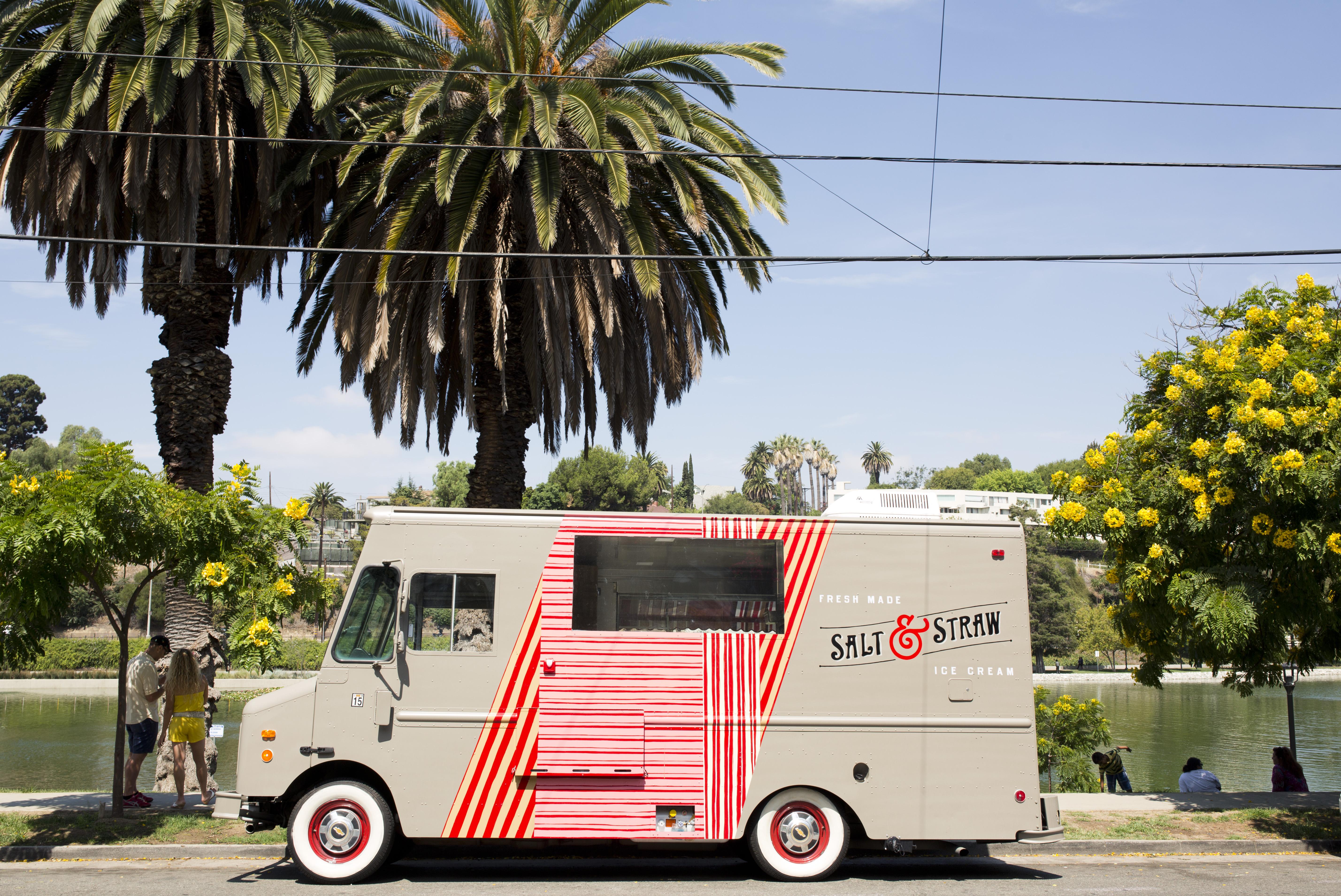 salt straw truck 19 Salt & Straw x Compartes | Free Ice Cream on Valentines Day